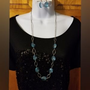 Jewelry - Blue & Silver Necklace & Earring Set